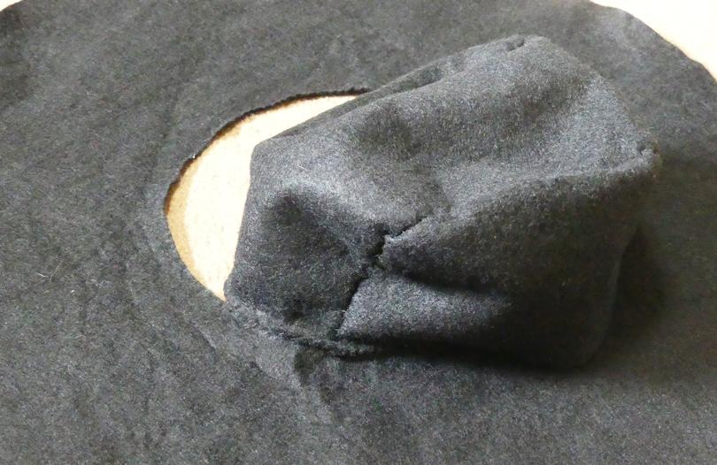 ツバ部分のカガリ縫い