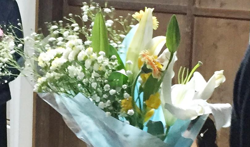 ユリ使用の花束