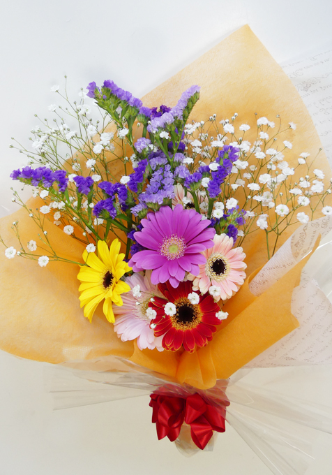 出来上がった花束