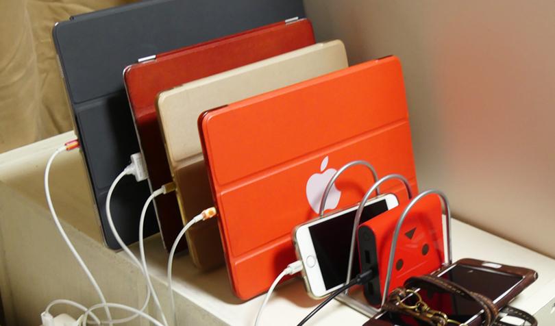 iPadを立てかける