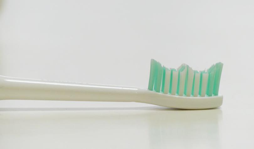 電動歯ブラシの毛先の形
