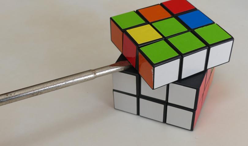 ルービックキューブの分解