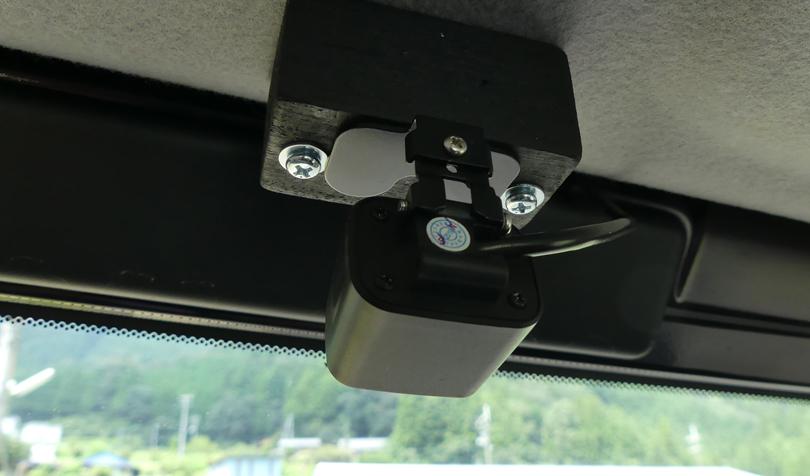 車内から見たリアカメラ