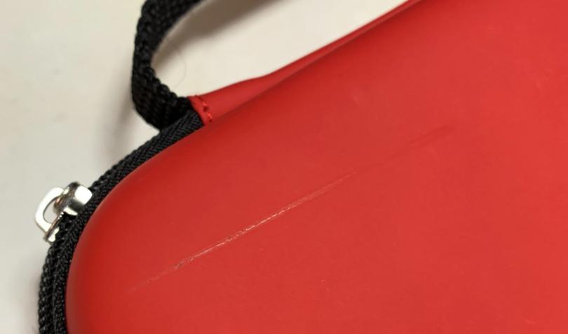 保護バッグの傷