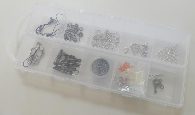 キーホルダーを作るための金具類